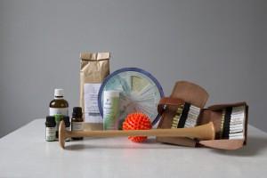 Foto von Homöopathie-Mitteln und Instrumenten zur Behandlung bei Schwangerschaftsbeschwerden